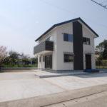 【鴨川市花房】駐車スペース約5台可能!生活便利な新築物件