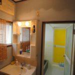 洗面台と浴室(風呂)