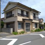 【鴨川市横渚】駅徒歩3分!生活便利な場所の中古住宅
